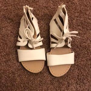 Old navy toddler size 9 sandals